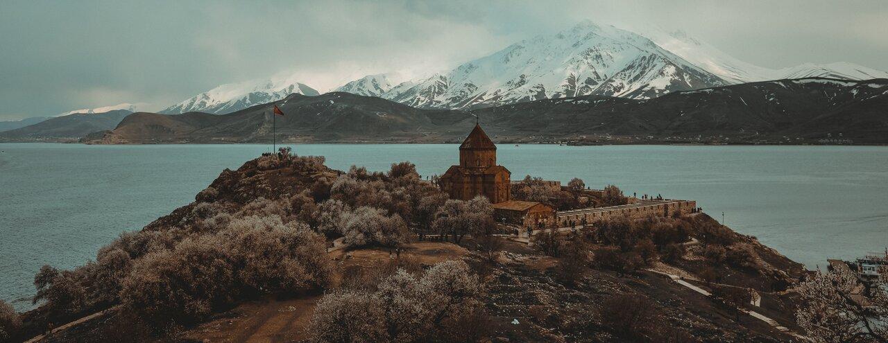 Akdamar Adası, Van, Türkiye'de görülmesi gereken yerler