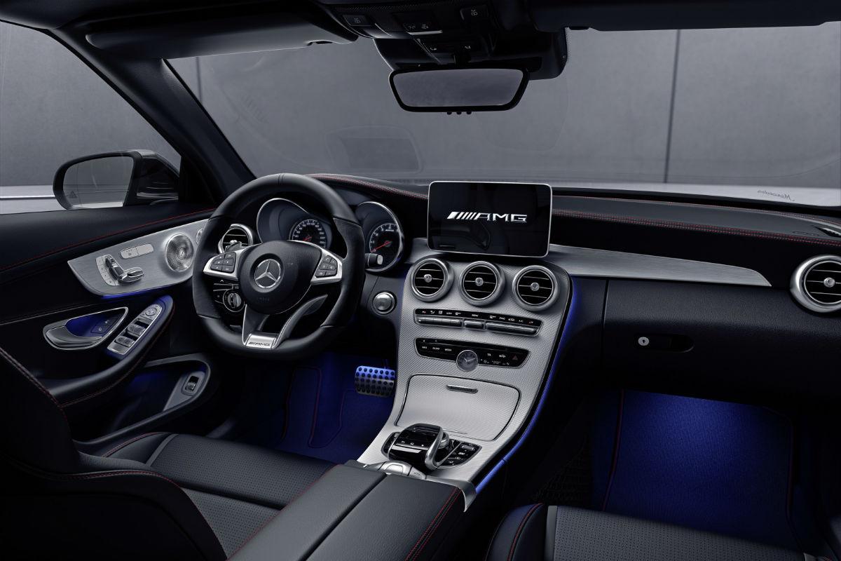Mercedes - Benz C200 Coupe 4MATİC incelmesi