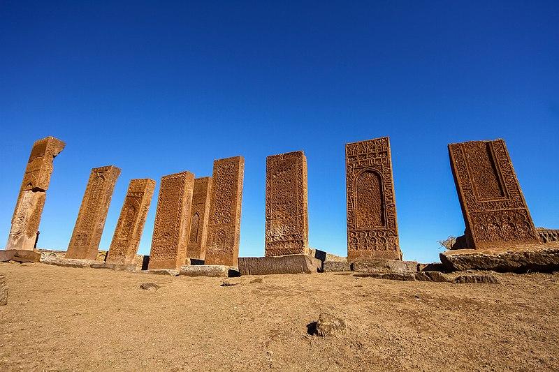 ahlat, 29 ekim gezilecek yerler, tarihi yerler