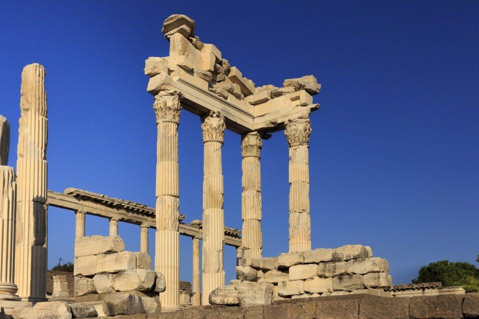 Türkiye'de görülmesi gereken yerler, pergamon antik kenti, bergama, izmir