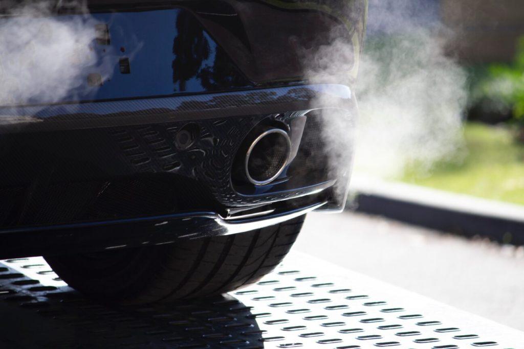 araç ömrünü uzatacak öneriler, egzoz dumanı
