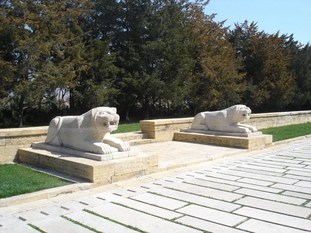 aslanlı yol, anıtkabir gezisi